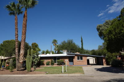 Tucson Single Family Home Active Contingent: 2817 E Kleindale Road