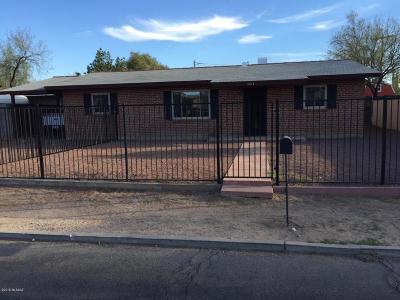 Tucson Single Family Home Active Contingent: 3414 E Silverlake Road
