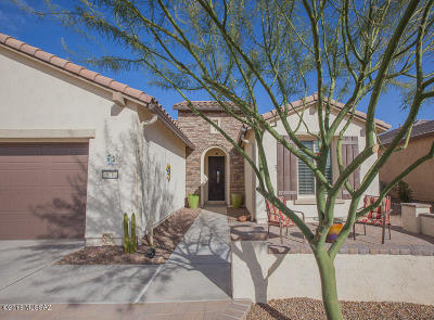 Green Valley Single Family Home Active Contingent: 570 N Sweet Heather Way