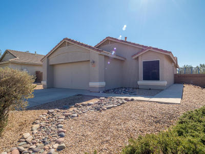 Marana Single Family Home Active Contingent: 5553 W Guild Springs Street