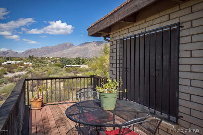 Tucson Single Family Home For Sale: 4025 N Via Tranquilo