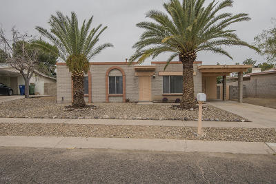 Pima County, Pinal County Single Family Home For Sale: 3302 S Calexico Avenue