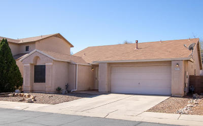 Pima County Single Family Home Active Contingent: 2937 W Autumn Breeze Drive