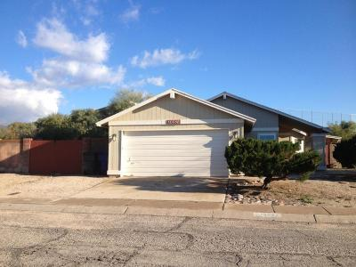 Pima County, Pinal County Single Family Home Active Contingent: 10082 E Emily Drive