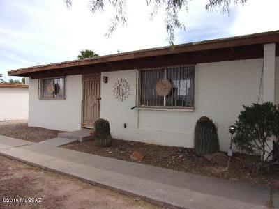 Pima County, Pinal County Townhouse For Sale: 4028 S Lazy Palm Drive
