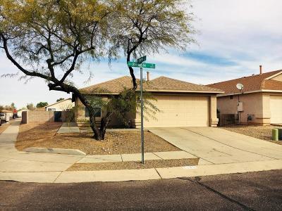 Tucson Single Family Home Active Contingent: 1663 E St Bernadine Street