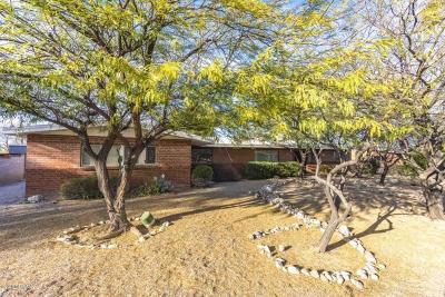 Single Family Home For Sale: 5749 E 6th Street