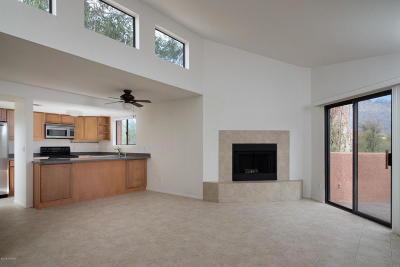 Tucson Condo For Sale: 5051 N Sabino Canyon Road #2252