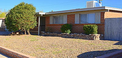 Tucson AZ Single Family Home For Sale: $148,000