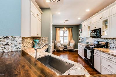 Single Family Home For Sale: 84 E Calle Del Rondador