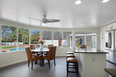 Tucson Single Family Home Active Contingent: 4017 E Elmwood Street