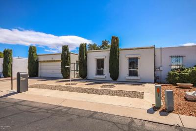 Pima County Townhouse For Sale: 6604 E Calle Cavalier