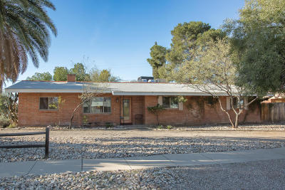 Tucson Single Family Home Active Contingent: 6062 E Eli Street