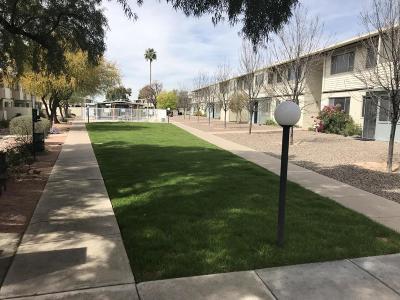 Tucson Condo For Sale: 8150 E Broadway Boulevard #H-104