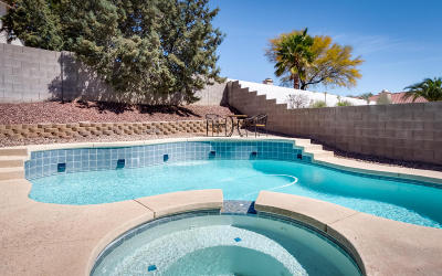 Tucson Single Family Home Active Contingent: 1368 W Crosswinds Place