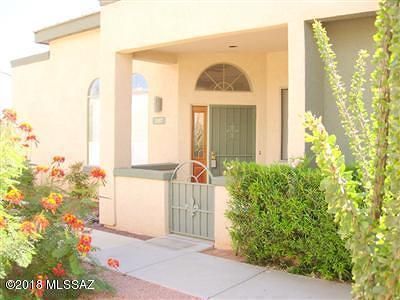 Tucson Townhouse Active Contingent: 2357 W Via Di Silvio