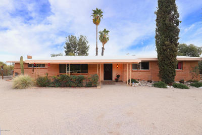 Tucson Single Family Home Active Contingent: 5508 N Maria Drive