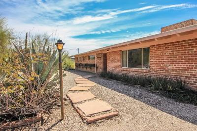 Single Family Home For Sale: 4720 N Calle Desecada