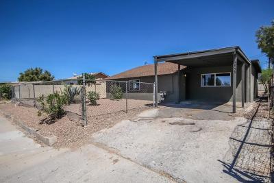 Single Family Home For Sale: 6355 S Fontana Avenue