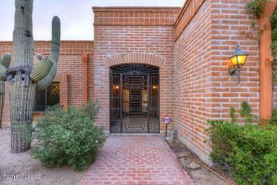 Tucson Single Family Home For Sale: 7911 N Tuscany Drive
