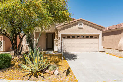 Oro Valley Single Family Home For Sale: 2221 E Stone Stable Drive