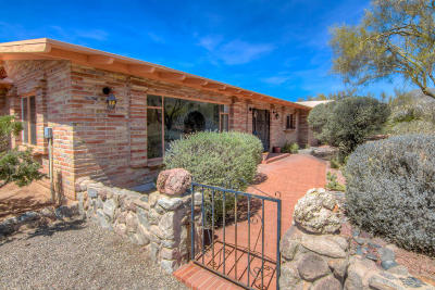 Tucson Single Family Home For Sale: 5865 N Camino Arenosa