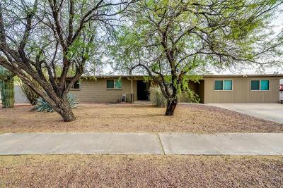 Single Family Home For Sale: 202 E Burrows Street