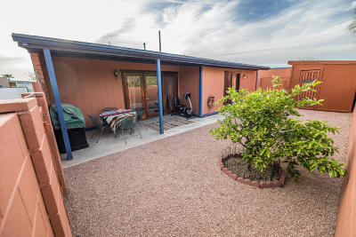 Pima County Single Family Home Active Contingent: 7038 N Village View