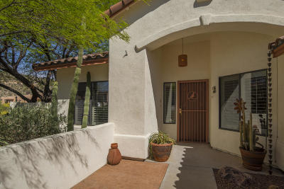 Tucson Single Family Home For Sale: 3482 W Foxes Den Drive #30