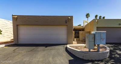 Pima County Townhouse For Sale: 9259 E Desert Sands Lane