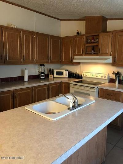 Pima County Manufactured Home For Sale: 9876 S Cactus Apple Lane