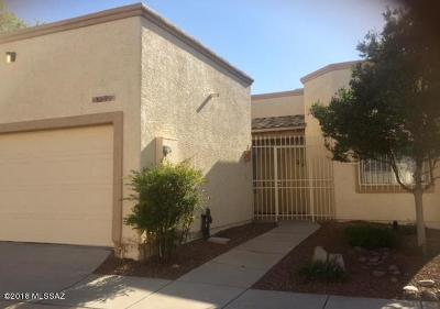 Pima County Townhouse For Sale: 8752 E Old Spanish Terrace Drive