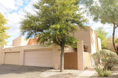 Pima County Townhouse For Sale: 2106 N Calle De La Cienega