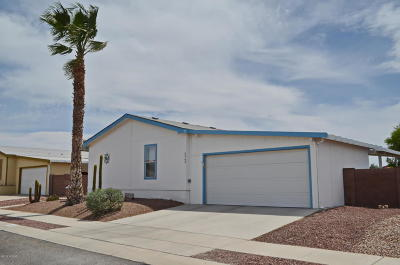 Pima County Manufactured Home For Sale: 6060 E Thunder River Drive