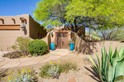 Tucson Single Family Home Active Contingent: 3025 N Crooked Trail