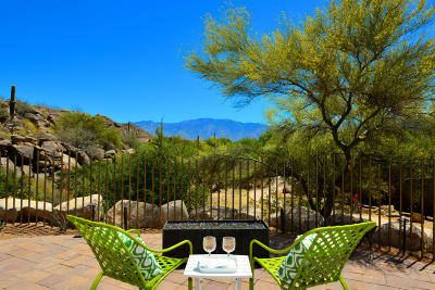 Oro Valley AZ Single Family Home For Sale: $685,000