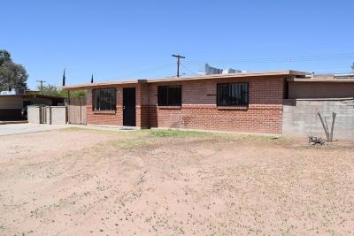Single Family Home For Sale: 6501 E Calle Mercurio