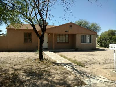 Single Family Home For Sale: 4570 E 5th Street