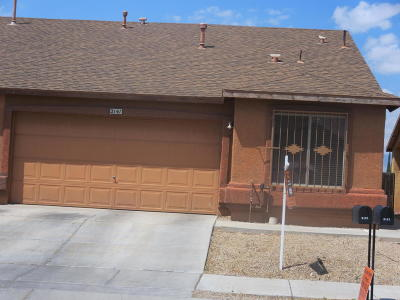 Townhouse Pending Short Sale Approval: 2141 E Calle Arroyo Lindo