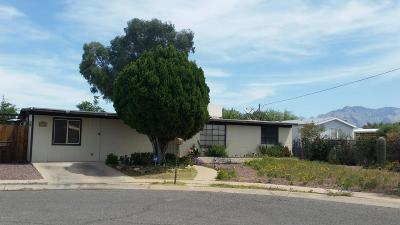 Tucson Single Family Home Active Contingent: 1702 W Root Lane