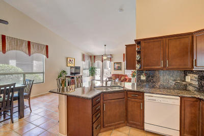 Tucson Townhouse For Sale: 38929 S Casual Drive