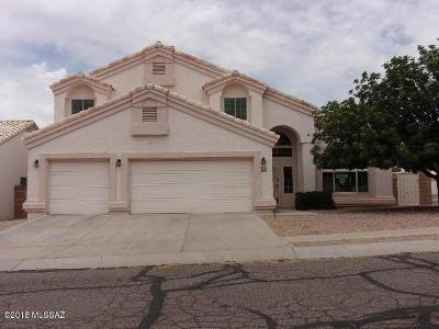Tucson Single Family Home Active Contingent: 9095 N Eaglestone Loop