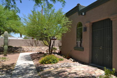 Tucson Townhouse Active Contingent: 3210 S Treasure Cove Place