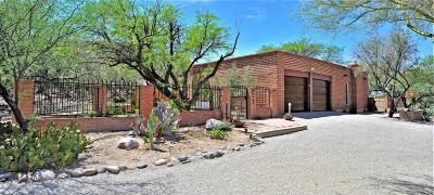 Single Family Home For Sale: 5830 E Calle Del Ciervo