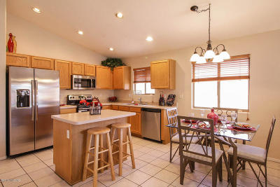 Tucson Single Family Home Active Contingent: 8507 N Sayante Way