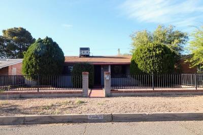 Tucson Single Family Home For Sale: 1641 E Spring Street
