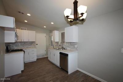Tucson Single Family Home For Sale: 727 E Lester Street