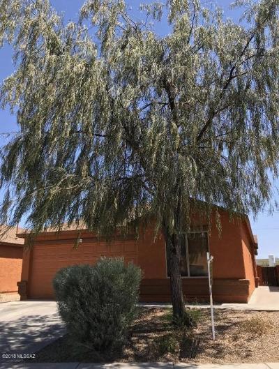 Tucson Single Family Home For Sale: 2436 E Calle Pelicano