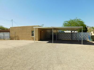 Single Family Home For Sale: 3751 E Flower Street