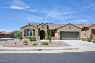 Single Family Home Active Contingent: 13821 E Poelstra Street